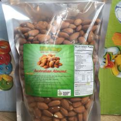 sản phẩm hạt hạnh nhân tách vỏ, được đóng gói bao bì có tem nhãn nhưng không đăng ký công bố