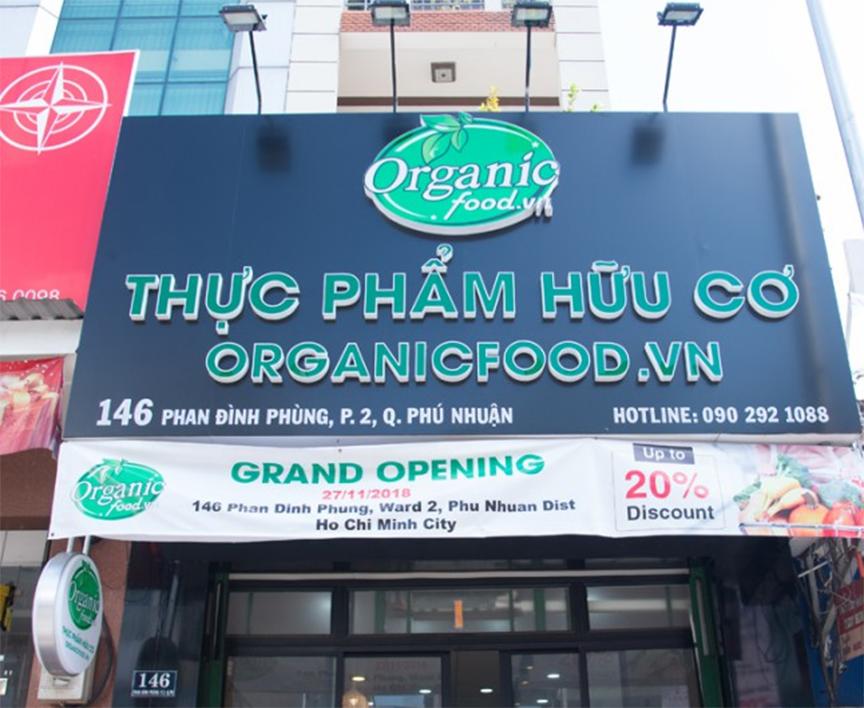 bạn có thể tìm mua hạt hạnh nhân ở hệ thống chuỗi cửa hàng Organic Food tại Tphcm