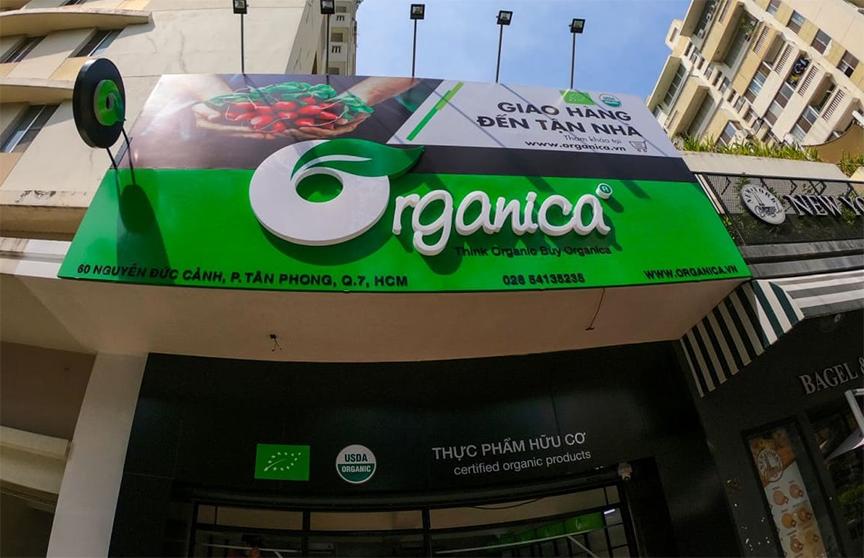 hạt hạnh nhân cũng có bán tại các cửa hàng của Organica