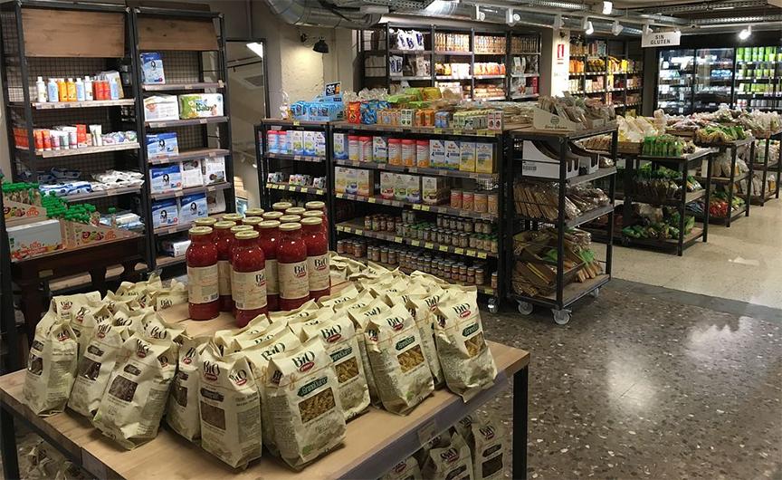 mua yến mạch tại các cửa hàng chuyên biệt, như cửa hàng thực phẩm hữu cơ